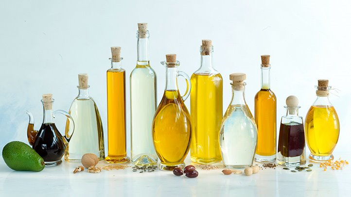 10-Best-and-Worst-Oils-for-Your-Health-RM-722x406